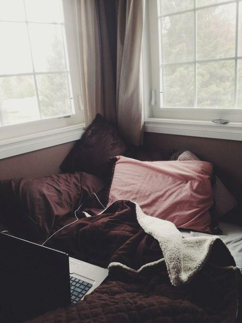 I corner to be cozy in <3