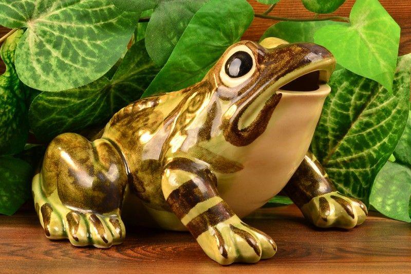 Brush McCoy Pottery 1950u0027s Large Garden Frog #486