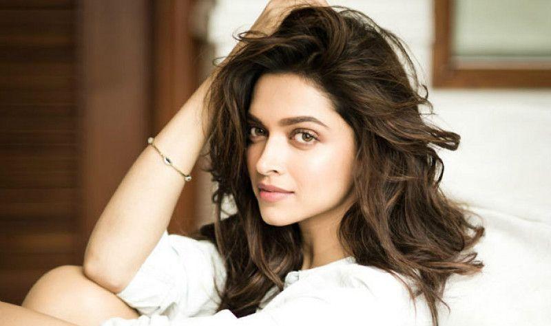 Best Of Deepika Padukone Top Movies In Her Career Hair Styles Indian Hair Care Shiny Hair