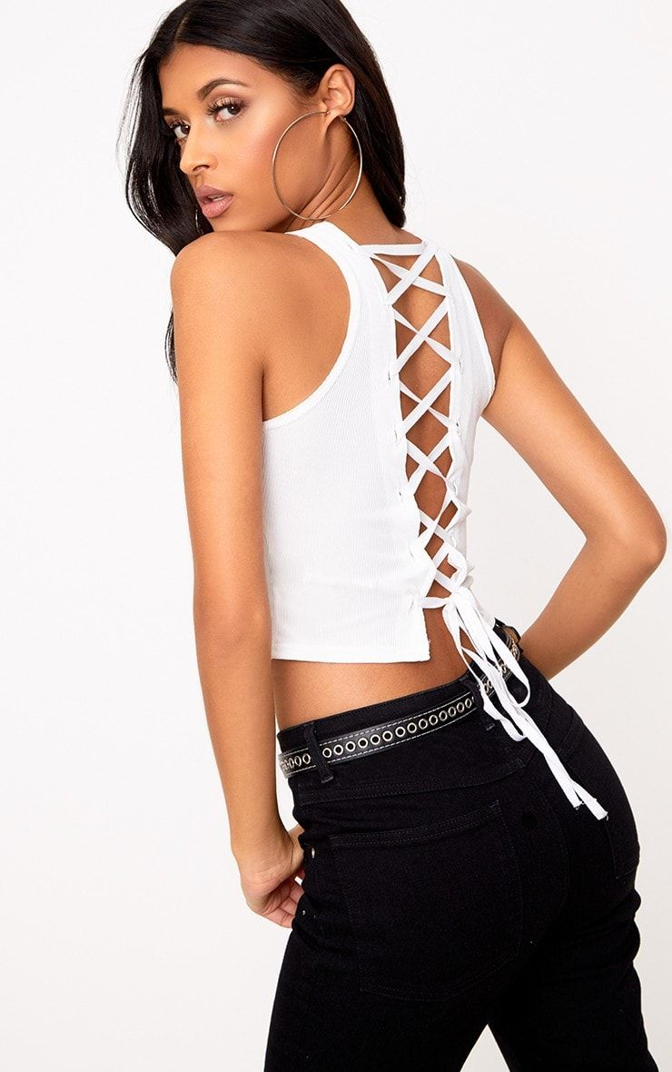 Pay With Paypal Cheap Online White Lace Up Front Crop Top Pretty Little Thing Latest Collections Online 5dwokOa