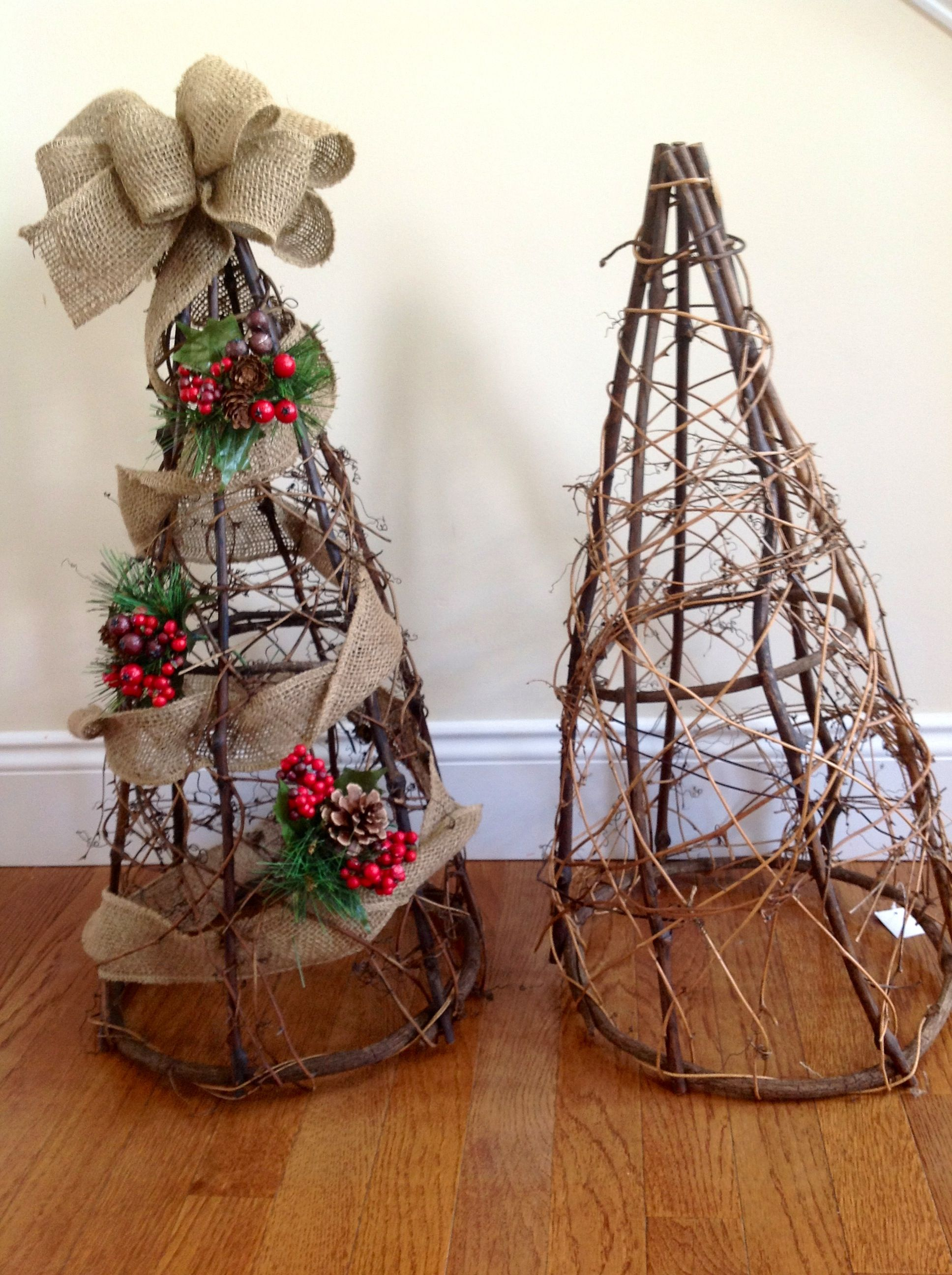Grapevine tree with burlap ribbon for christmas before for Burlap ribbon on tree