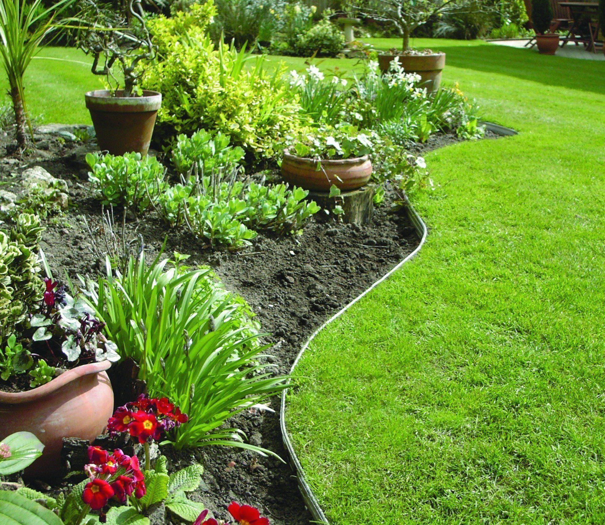 Swift Edge Garden Edging in Silver - Modern Design ...
