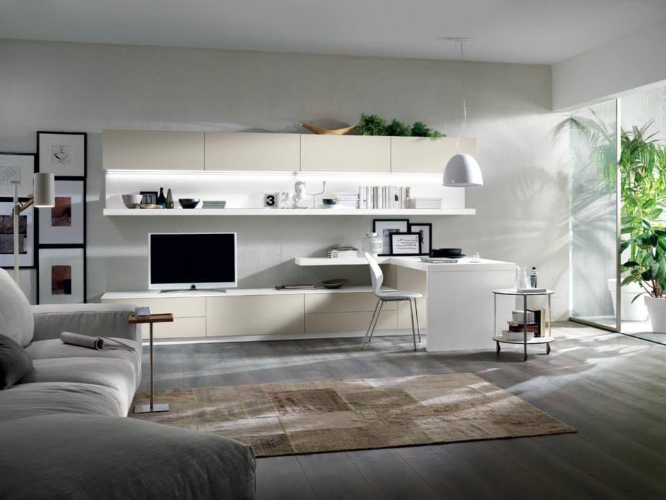 Pareti attrezzate mobili per soggiorno divano e poltrone ma anche tende