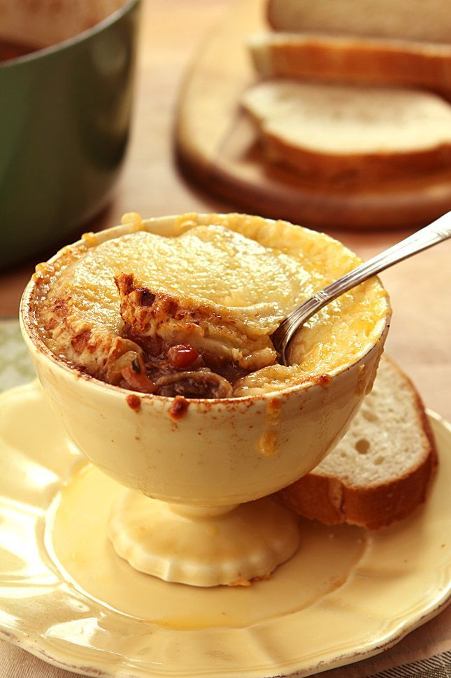 Country Kitchen French Onion Soup french country short rib and onion soup | @creativculinary | recipes
