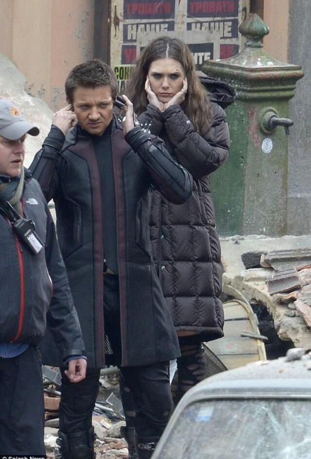 Another look at Hawkeye's new trench coat in 'Avengers: Age of Ultron'