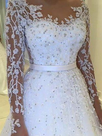 Ball Gown Wedding Dresses With Bling Bateau Lace Short Train Long
