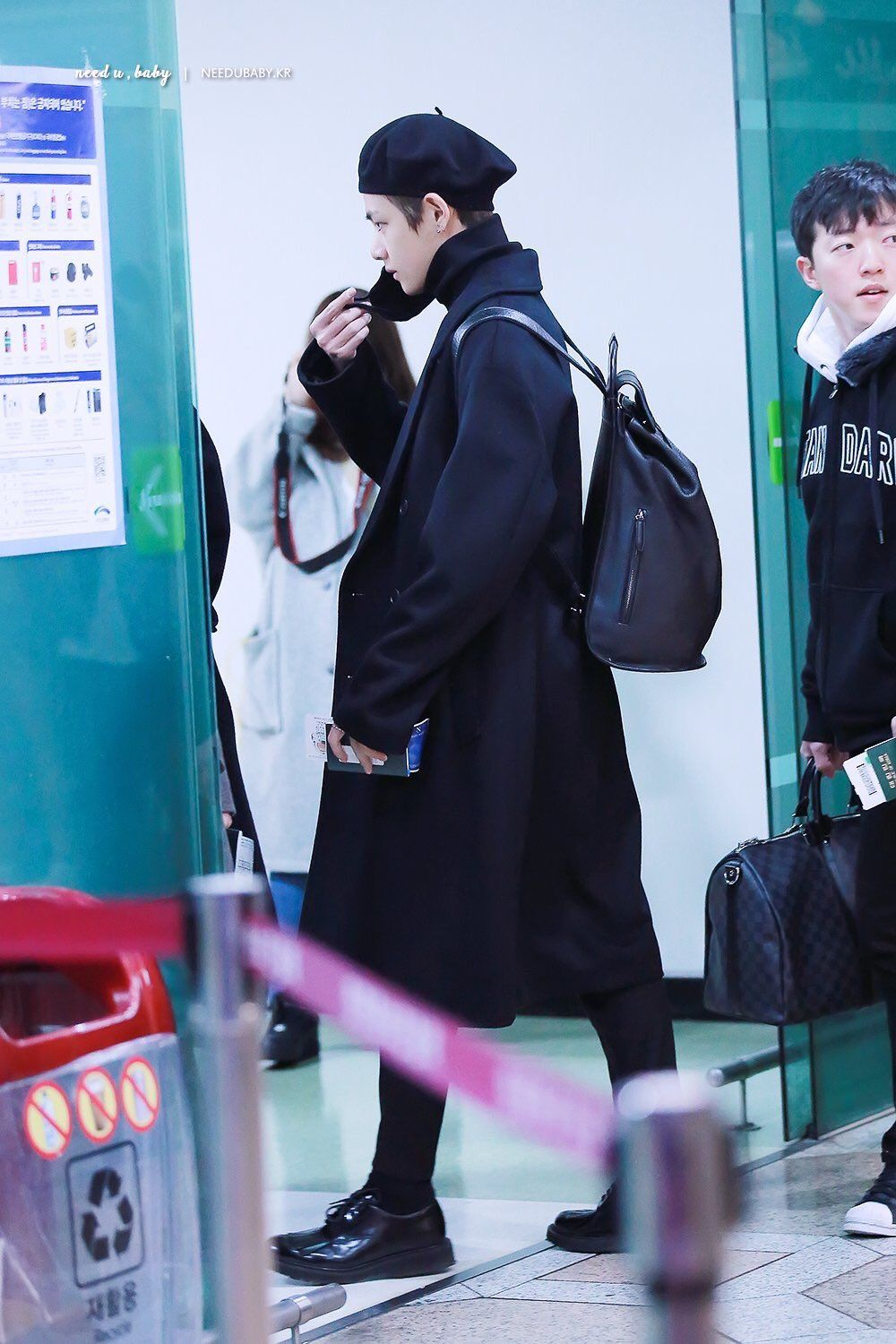 bb70e31d4fd5c Taehyung and his love for beret in all black is a concept