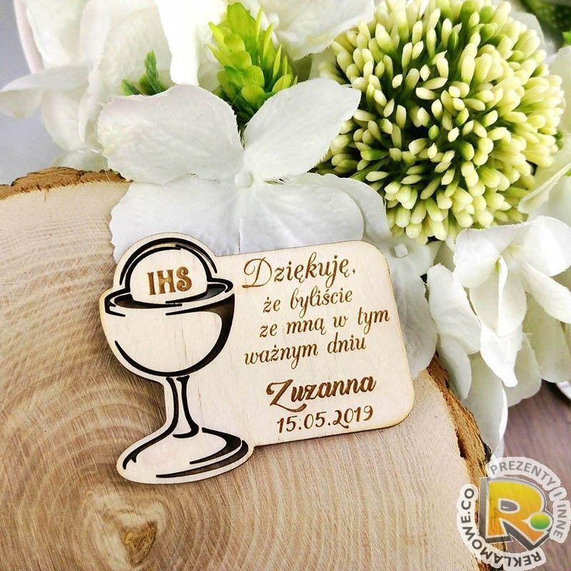 Drewniane Magnesy Na Lodowke Podziekowania Dla Gosci Komunia Kielich Place Card Holders Place Cards Card Holder
