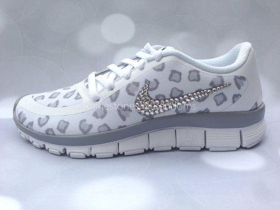 Nike Free Run 5.0 V4 Chaussures W / Cristaux Swarovski Habitat Guépard
