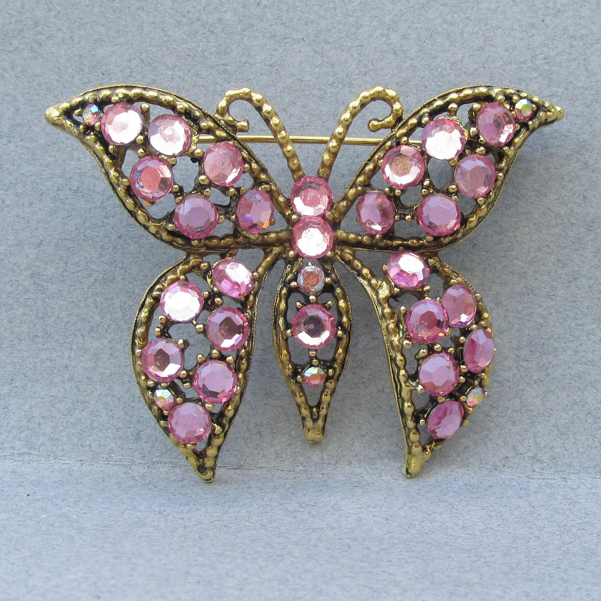 Vintage Pink Rhinestone Stickpin Nice