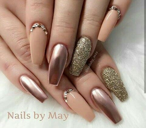 Top 40 Gorgeous Metallic Nail Designs That You Can Try To Copy - Page 22 of  45 - Nail Polish Addicted - Ayyyyye, Its Ya 💋🇲🇦🇮🇳🇨🇭🇮🇨🇰 J 💋... Follow Me For MORE