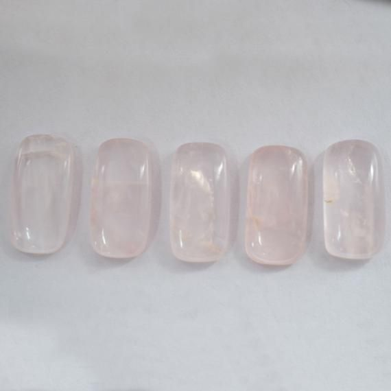 7.95 Cts Rose Quartz Cab Gemstone, Rose Quartz Gemstone 10x20mm Baguette Shape Cabochon Stone, Quartz Cab Stone For jewelrySpecification:Stone Name-  Rose Quartz Gemstone Stone Size - Approx 10x20mmStone Shape  - Baguette Shape Stone Cut - CabWeight - Approx 7.95 Cts THANKS FOR VISITING MY SHOP : )--------------------------------------------------------////Payment Accepted By////***PayPal***////Shipping Charges////Standard Shipping Applywe will send your parcel by DHL eCommerce////Express Shippi