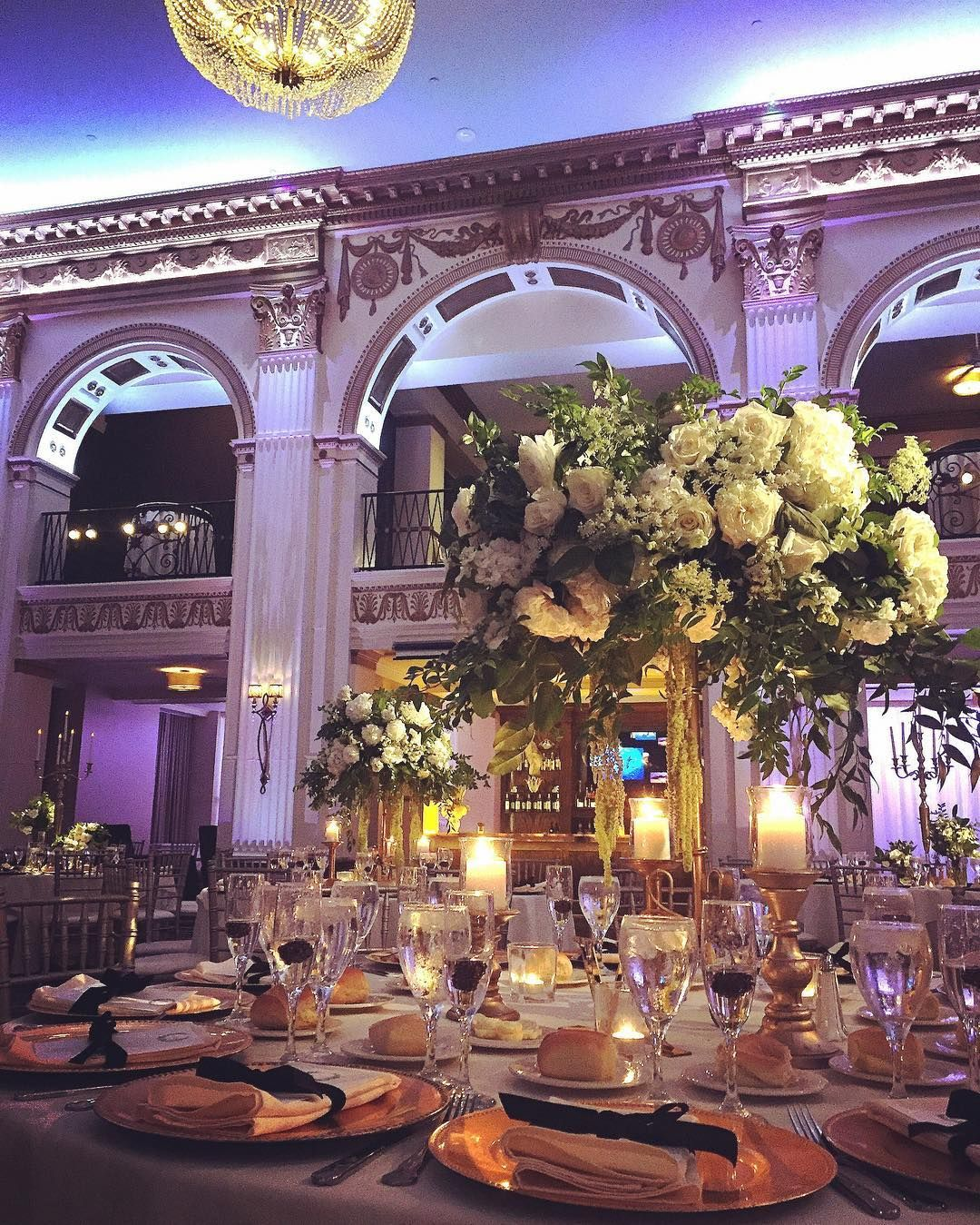 28 years ago we did our first job in this very ballroom when jimmy 28 years ago we did our first job in this very ballroom when jimmy carter came to philly we have done many weddings here since then tonights was magical junglespirit Choice Image