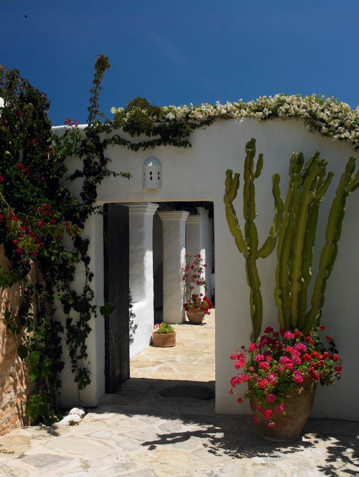 9 nieves ibiza 2011cf057630p ventanas y puertas en 2019 for Casas para alquilar en verano con piscina privada