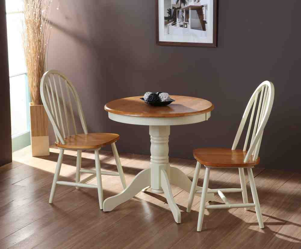 Small Round Kitchen Table and Chairs