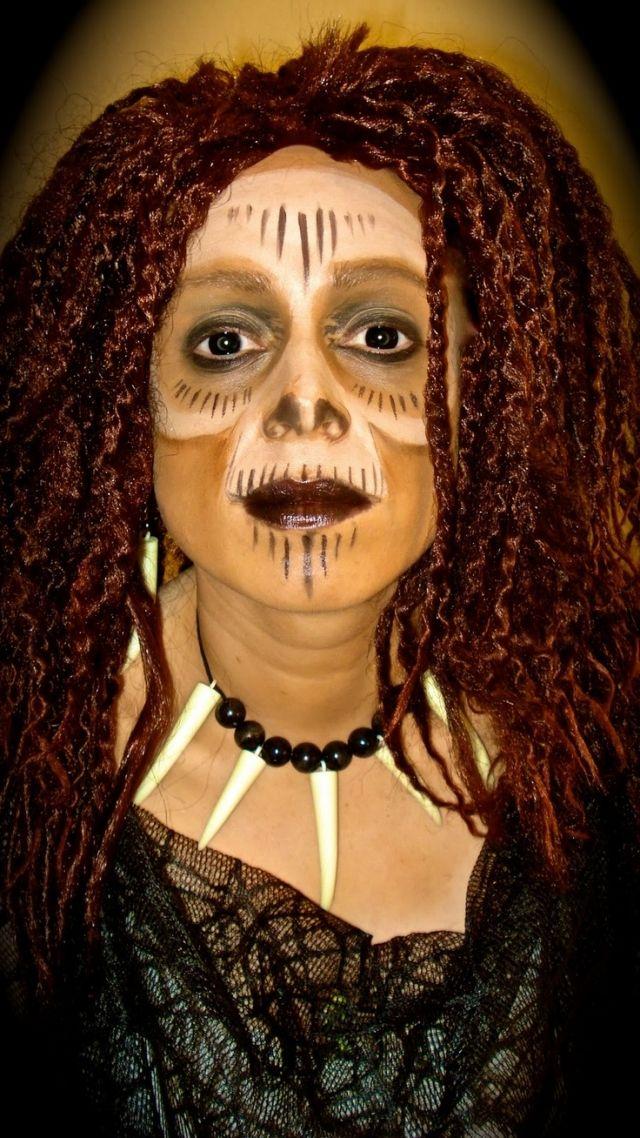 Halloween Kostuem Idee Voodoo Hexe Schminken Beispiel Schminken