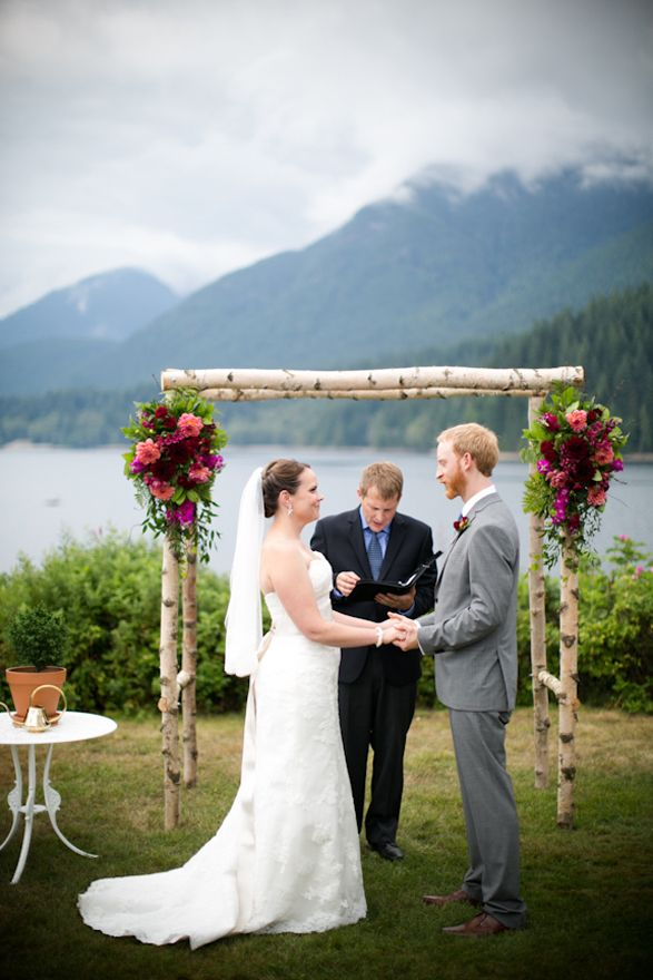 Two Nature Lovers Tied The Knot At North Vancouvers Cleveland Dam Site Of Their First Kiss
