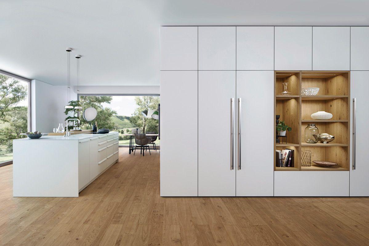Wildhagen | Moderne keuken verlengd met kasten tot aan plafond en ...