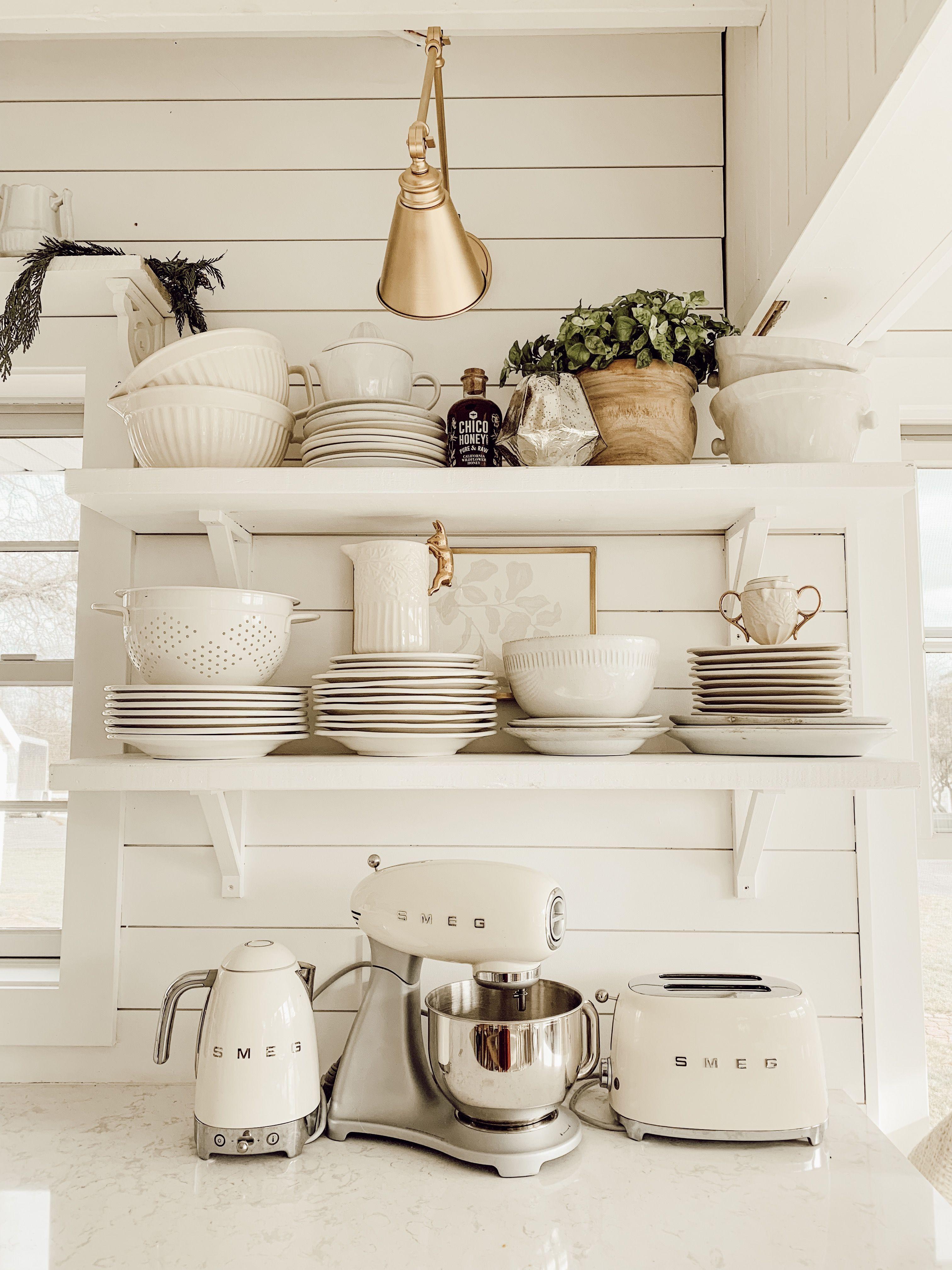 6 Ways to Style Open Kitchen Shelves | Country kitchen ...