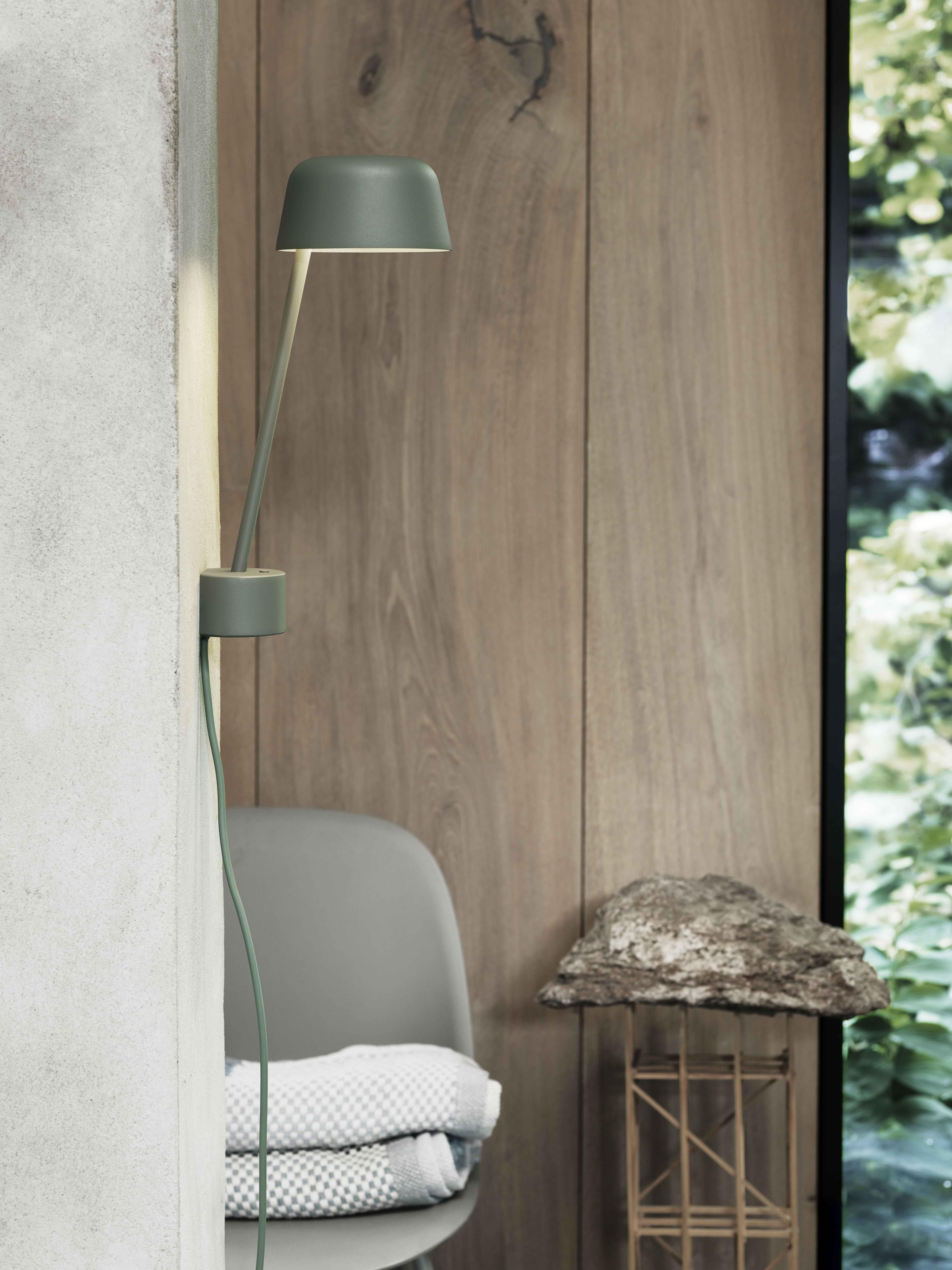 Muuto Lean Wall Lamp Shown With Table | Wall lamp design