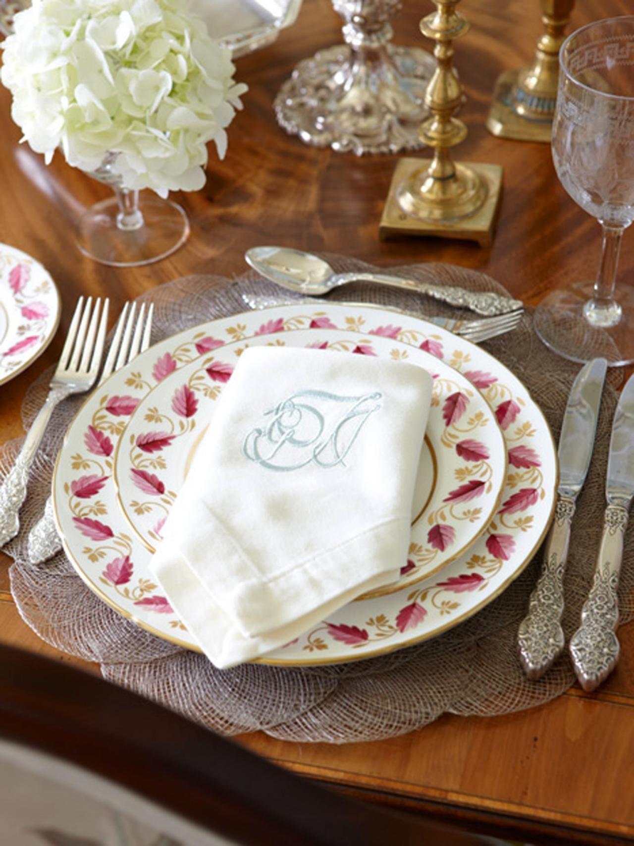 Thanksgiving Table Setting Ideas & Thanksgiving Table Setting Ideas | vintage China Table settings and ...