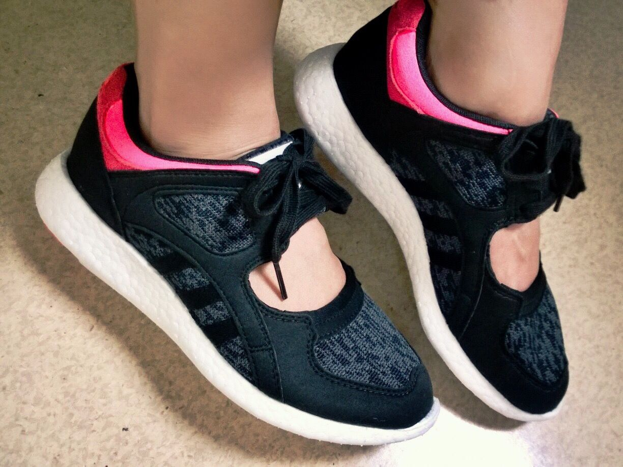 SHOES SNEAKER New pair of ADIDAS EQT SUPPORT ADV W