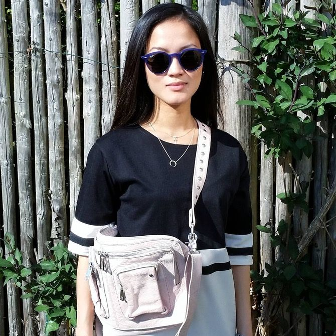 Sunny days // #hvisk #hviskjewellery #hviskstyling #hviskstylist #nunoo #nunoobags #bag #pink #silver #outfit #ootd #fashion #girl #skagendenmark