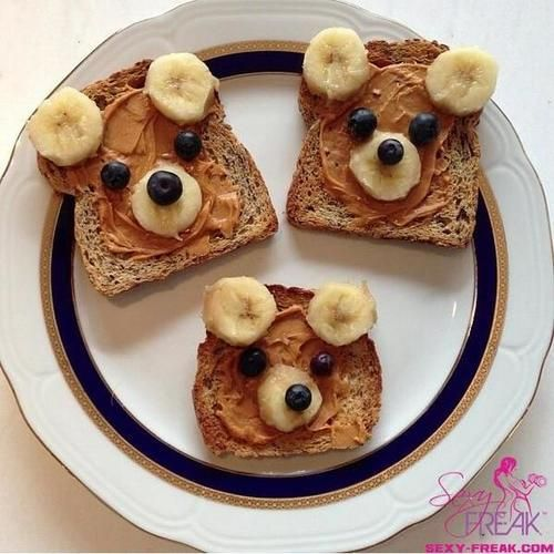 Bear fruit toast!