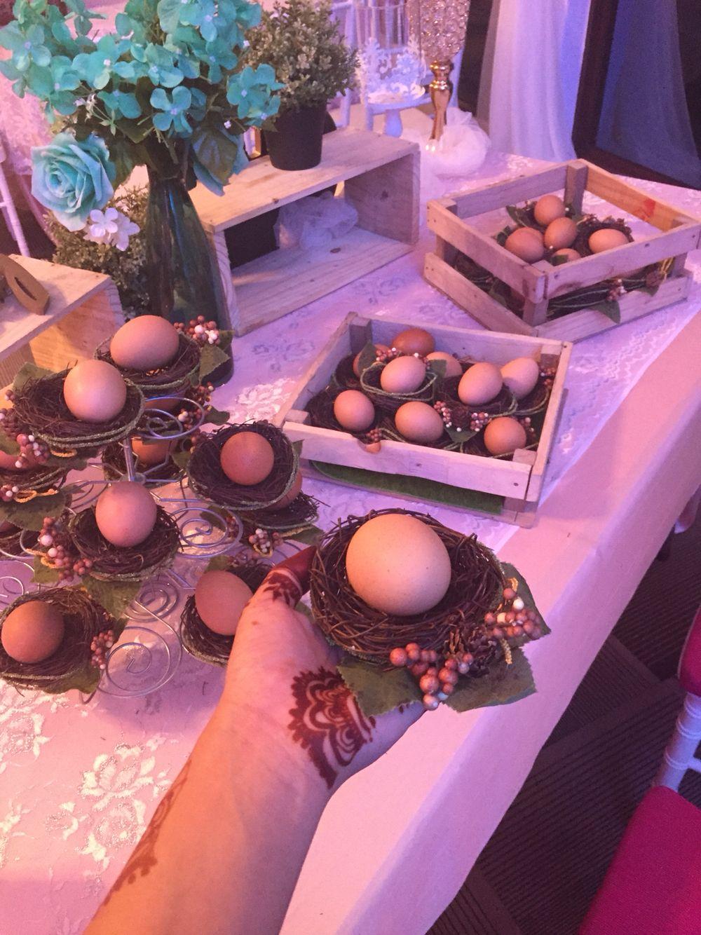Modern bunga pahar for muslim weddings! Eggs in birds\' nest ...