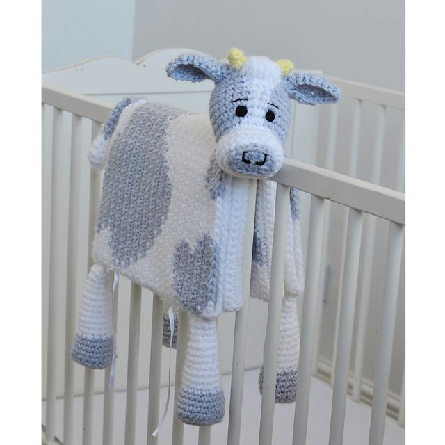 Cuddle and Play Cow Baby Blanket pattern by Aneta Izabela #babyblanket