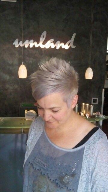Tolle Haarfarbe und Schnitt von Christiane
