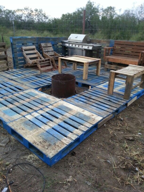 Pallet deck diy pinterest pallets decking and for How to make a pallet deck