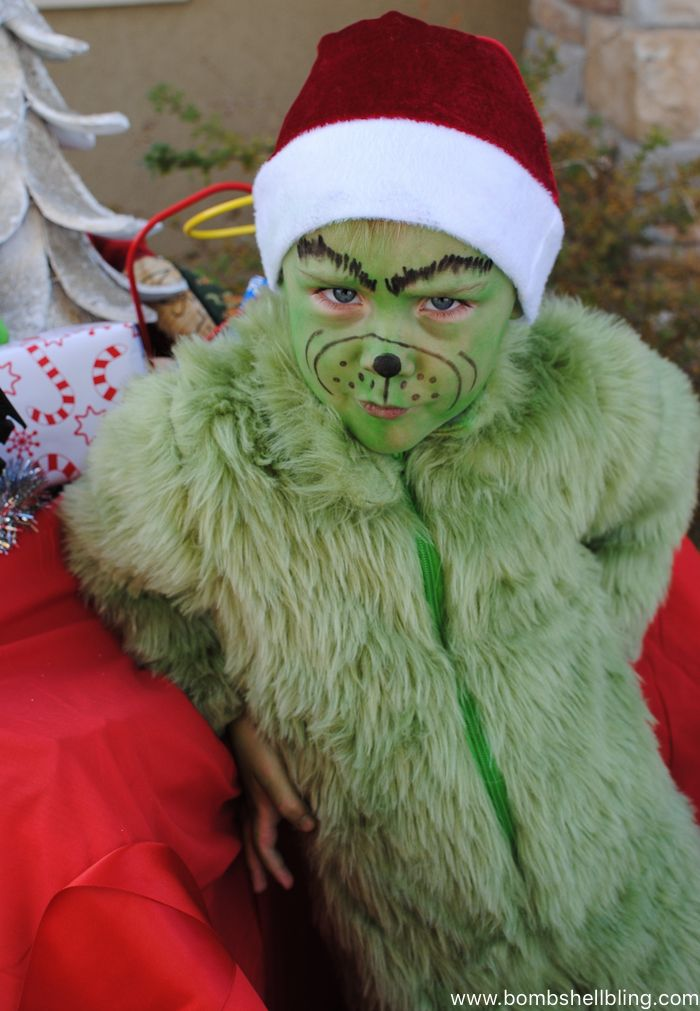 The Grinch and Cindy Lou Who Halloween Costumes (and Christmas Card!) & The Grinch and Cindy Lou Who Halloween Costumes (and Christmas Card ...