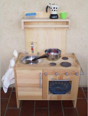 Come realizzare una cucina giocattolo in legno tutorial ...