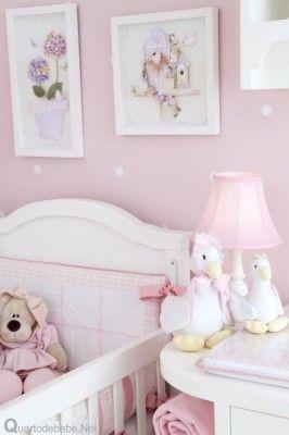 quarto infantil com enxoval rosa dos sonhos