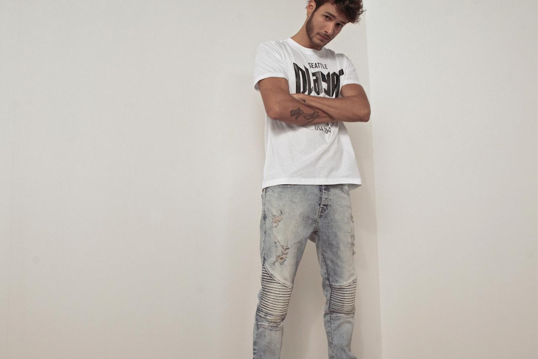 Calça jeans masculina  5d4859d8944