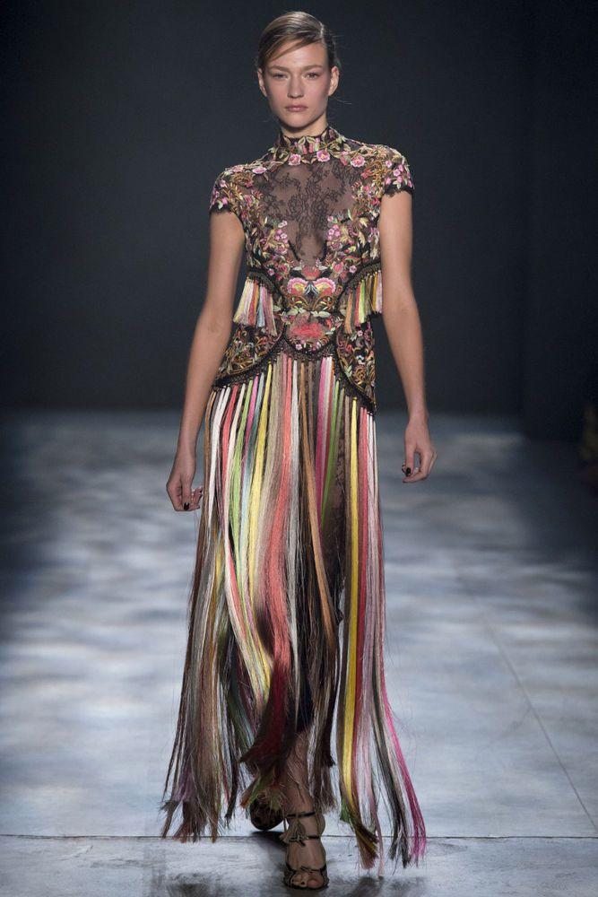 Смотреть картинки модные платья