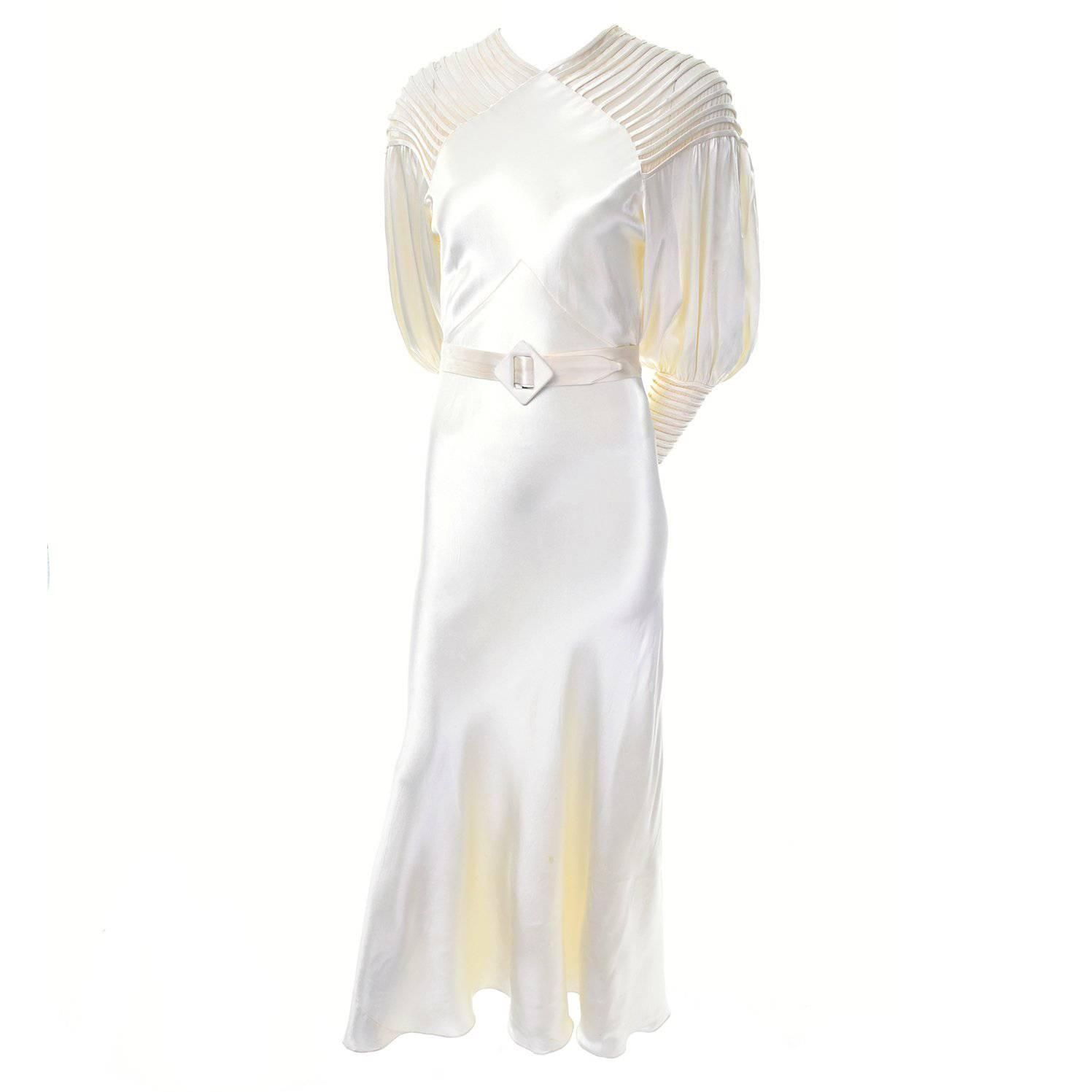 S ivory slipper satin wedding dress gown with leg of mutton