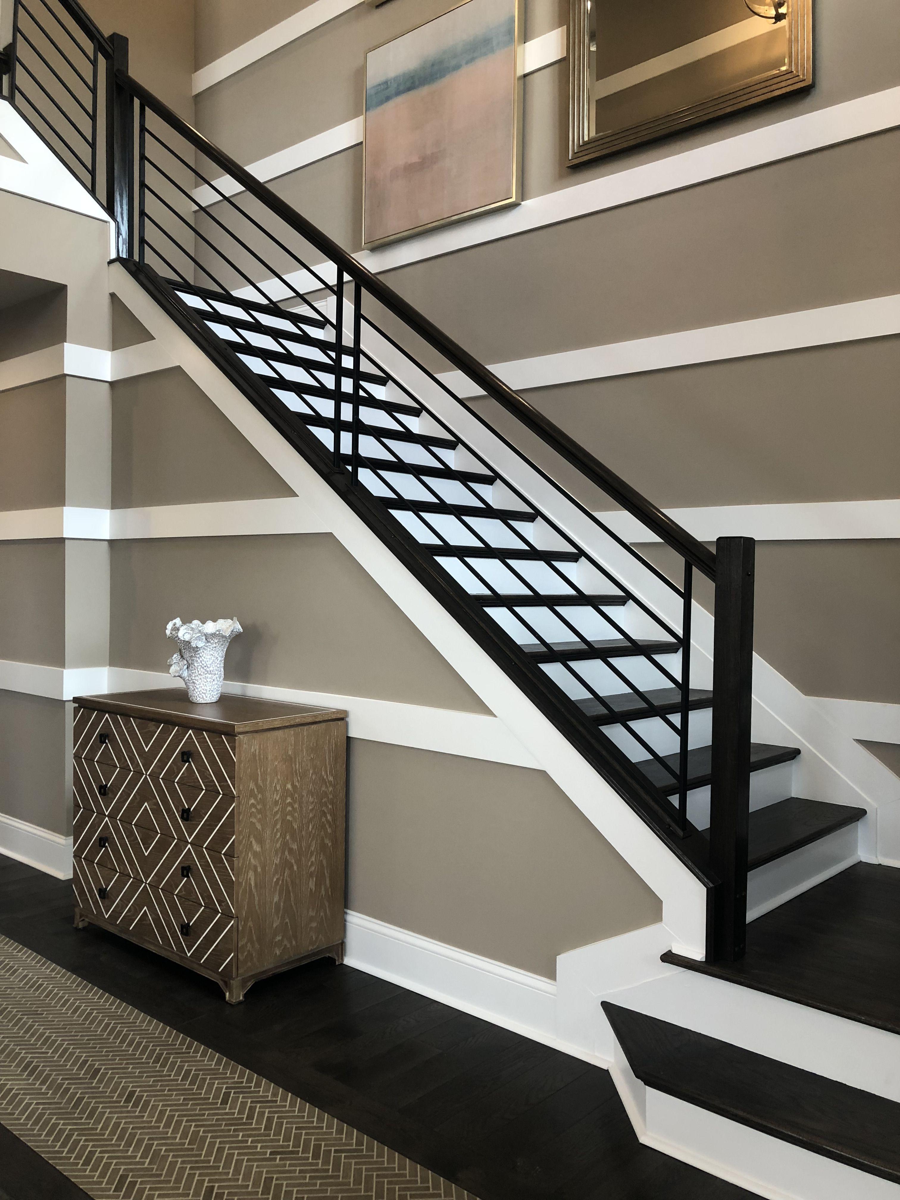 Modern Horizontal Iron Railing Staircase Design Modern   Stair Railing Design Modern   Exterior Irregular Stair   Luxury   Round   Interior   Handrail