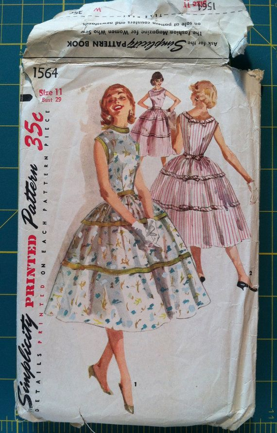 Vintage 1950s Sewing Pattern Simplicity 1564 Dress Full Skirt 29 ...