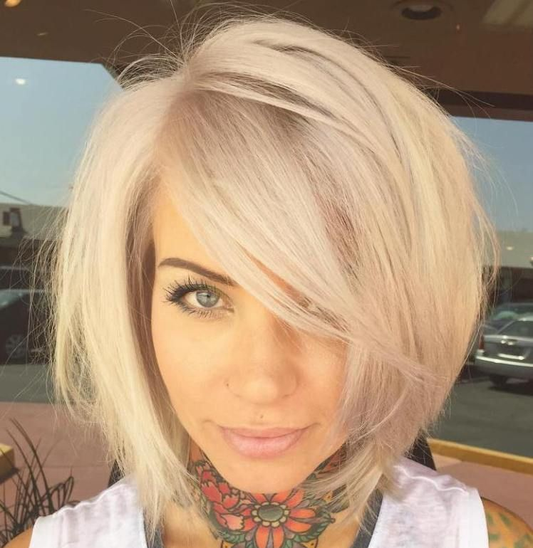 37 Cute Medium Haircuts To Fuel Your Imagination Blonde Bobs Side