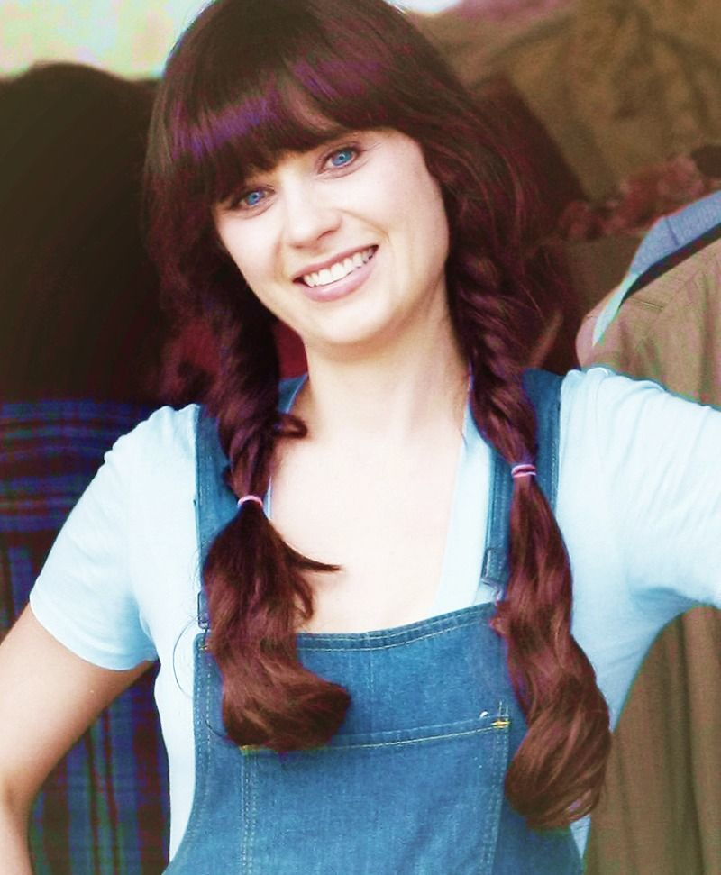 Zooey Deschanel When My Hair Is Long Enough This Will Work Wonderfully For Me Zooey Deschanel And Sister Zooey Deschanel Style Zoey Deschanel
