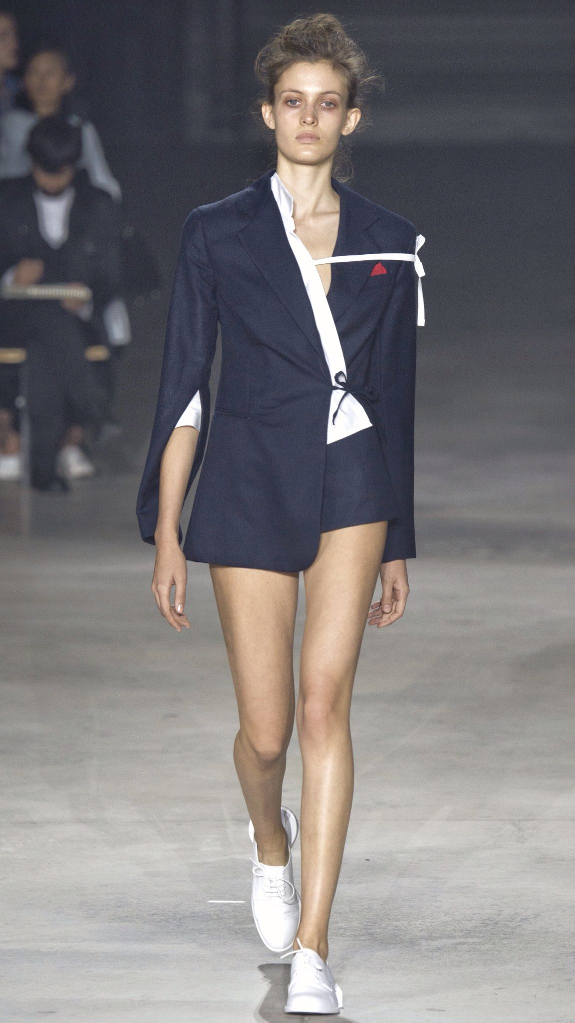 Jacquemus Spring 2016 Ready-to-Wear Fashion Show | RunWay ...