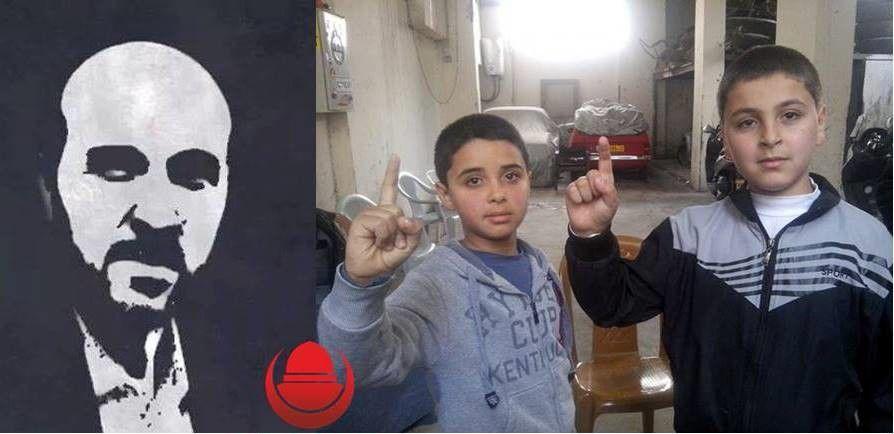 """2 yahudiyi öldürüp 14'ünü yaralayan İbrahim El Akkari'nin oğlulları Hamza ve Kerim, babalarının şehadet haberini alırken.""""Cihadı terkeden kavim zillete düşer""""El Akkari"""