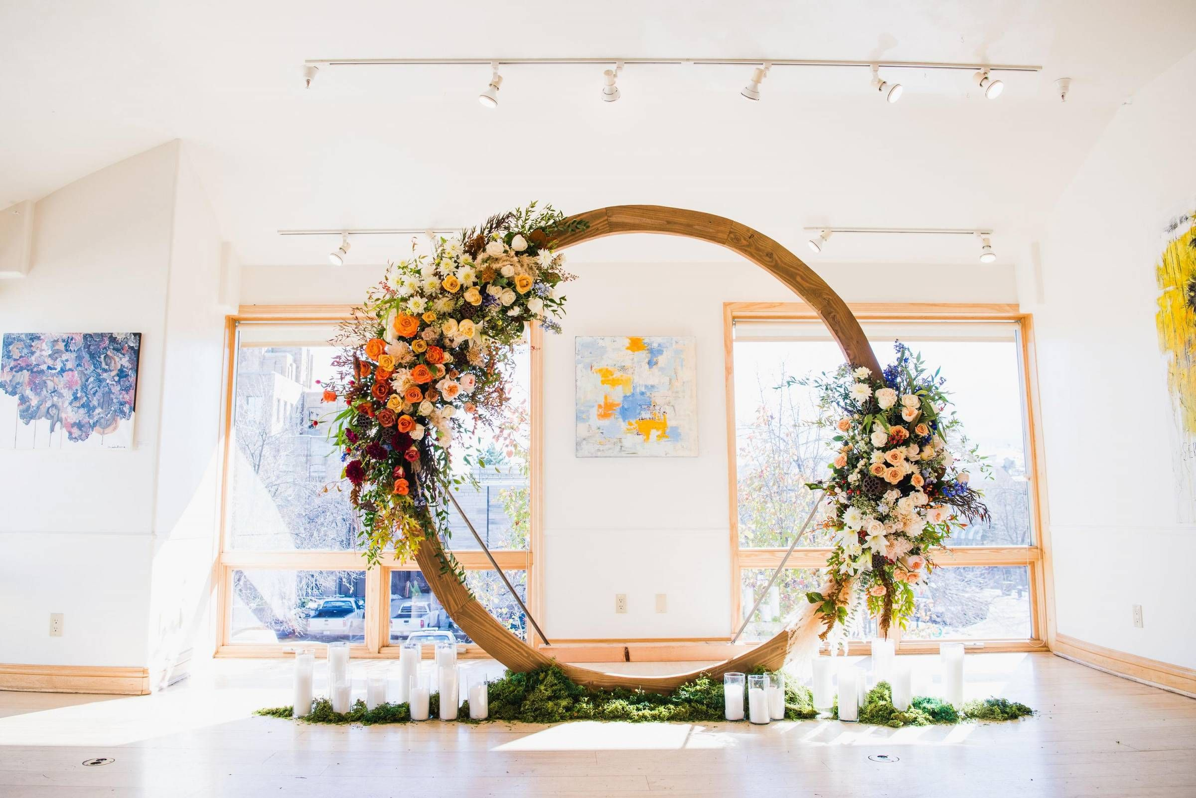 Benefits Of Getting Married In An Art Gallery Affordable Wedding