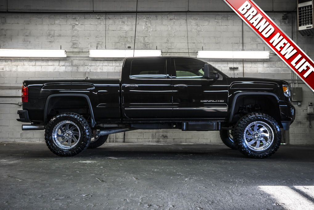 Duramax Diesel Lifted 2015 Gmc Sierra 2500 Denali 4x4 Loaded Pickup Truck With A Brand New 6 Fabtech Diesel Trucks Diesel Trucks For Sale Chevy Diesel Trucks