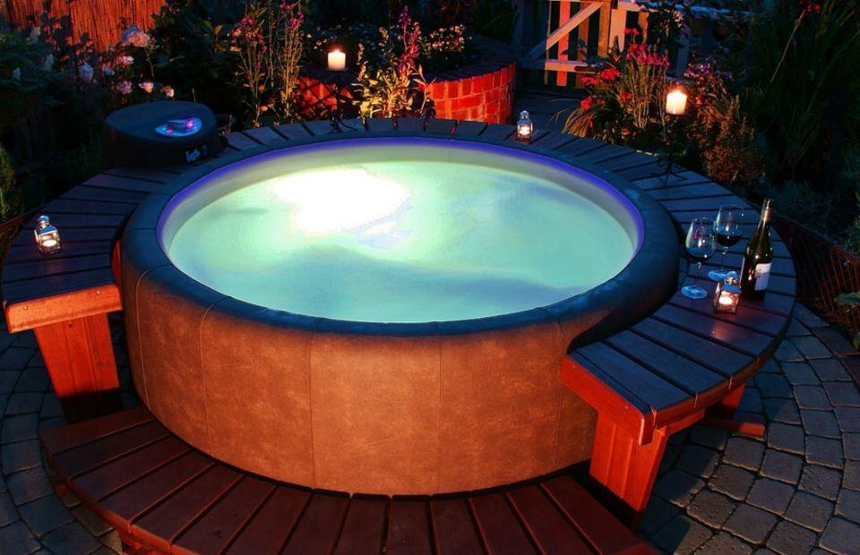 Softub With Images Buy Hot Tub Hot Tub Installing Hot Tub