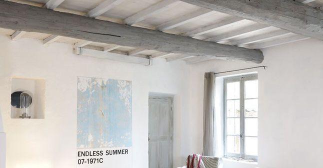 repeindre un plafond avec poutres en bois apparentes home sweet home pinterest poutres en. Black Bedroom Furniture Sets. Home Design Ideas