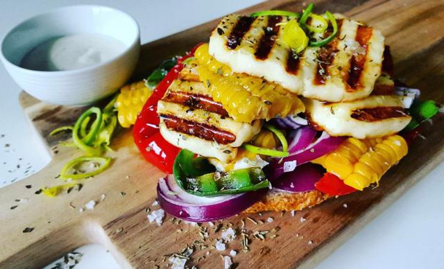 Halloumi sandwich   Snikgjest