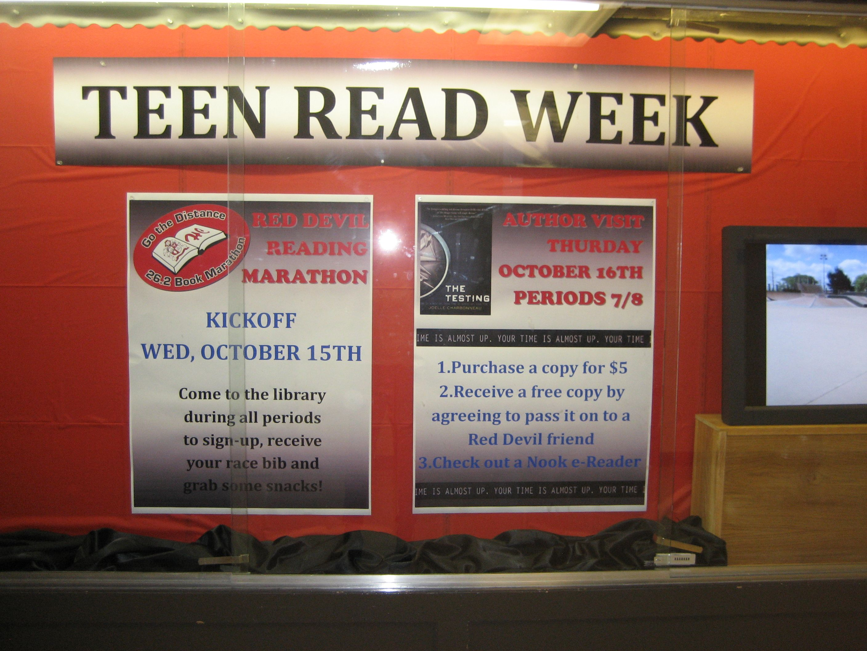 HCHS Celebrates Teen Read Week 2014!